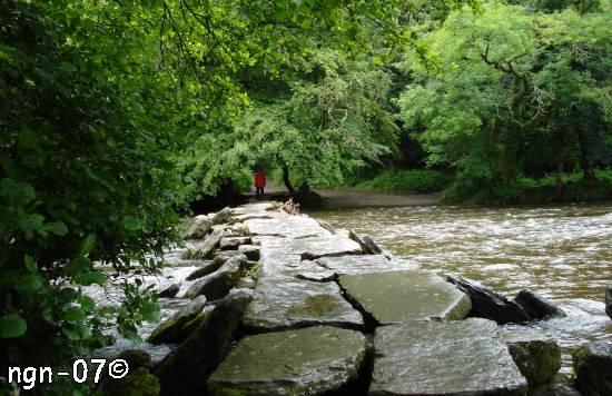 Tarr Steps, River Barle nära Winsford, Exmoor National Park, England