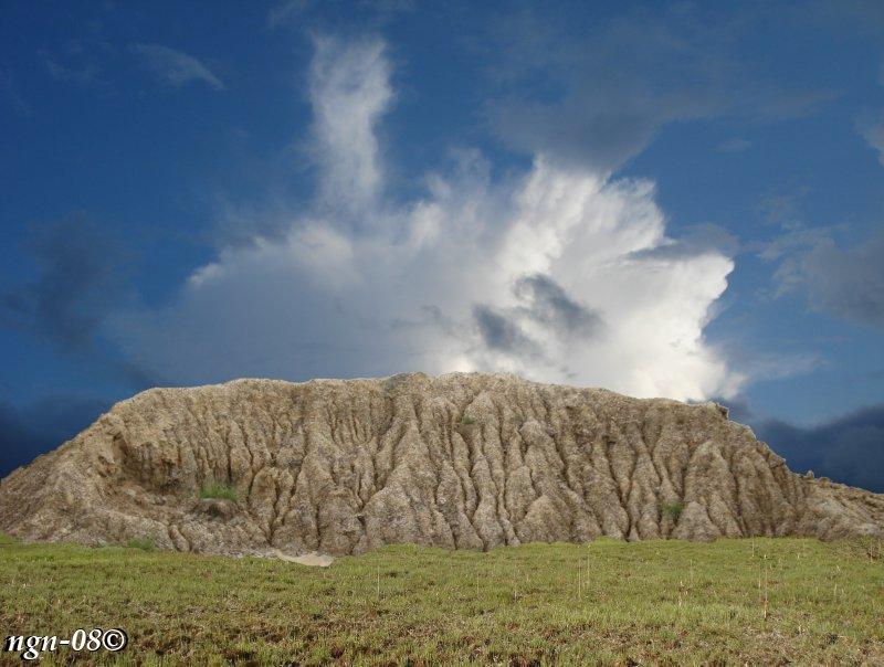[Bild: Önsjö massiva bergssida]