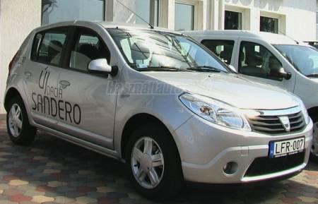 [Bild: (Renault) Dacia Sandero LAUREATE]