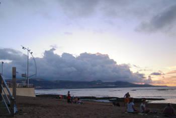 Las Palmas molnig solnedgång