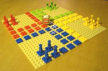 [Bild: Fia med Knuff byggt av LEGO]