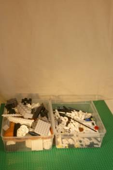 [Bild: LEGO@ animeringsplatsen med 4st byggplattor (626) och skyttelbygget (10213)]