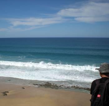 [Bild: Nisse uppe vid Playa de la Escalera och vågorna, Fuerteventura]