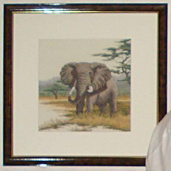 [Bild: Tavla Broderad Elefant ca 40x40]