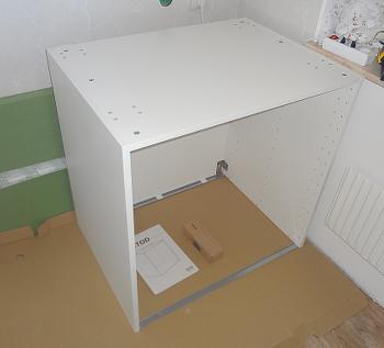 [Bild: En IKEA-stomme klar]