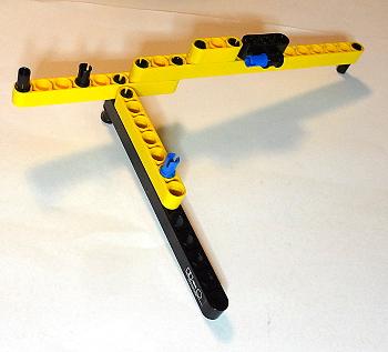 [Bild: LEGO 42030]