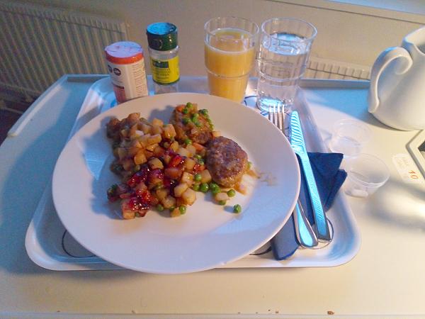 [MR-bild: Första maten efter op]