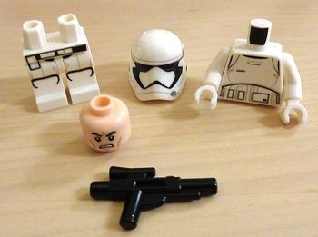 [Bild: LEGO 75245 Lucka 3       innehåll]