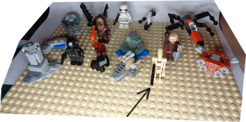 [Bild: LEGO 75245 Lucka 15 på plattan]