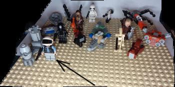 [Bild: LEGO 75245 Lucka 18 på plattan]