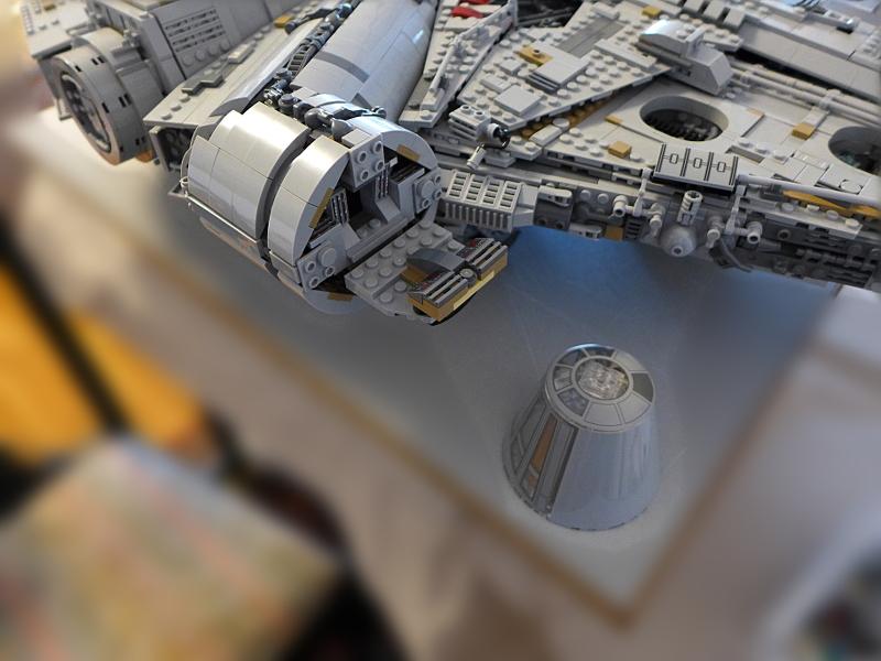 [Bild: LEGO 75192 Förarutrymmet ska bemannas]