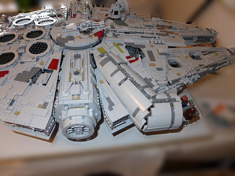 [Bild: LEGO 75192 Var ska vapnen förvaras]