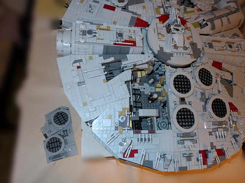 [Bild: LEGO 75192 Då återstår Han Solo (den äldre) och de 2 Porg'arna]