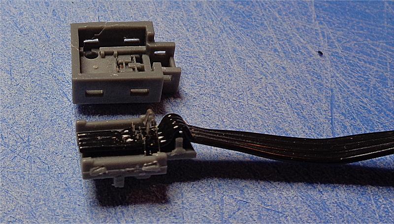 [Bild: LEGO motor          XL 8882 Reparation]